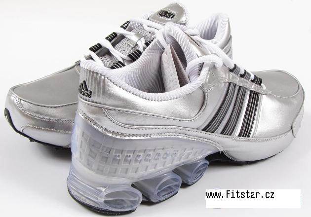 Pánské běžecké boty Adidas Bounce Pánské běžecké boty Adidas Bounce -  klikněte pro větší náhled db57e7a00c3