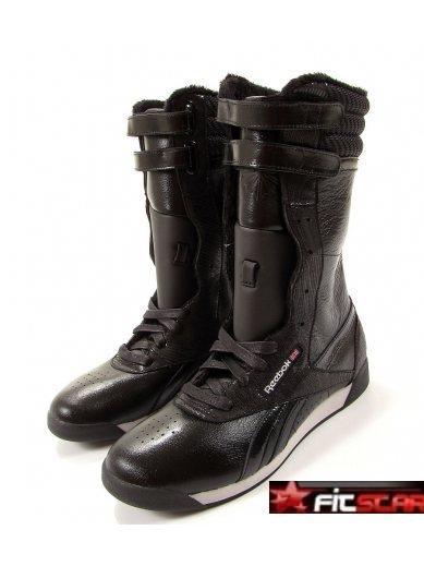 d62e891a7f4 Dámské boty Adidas Fortanima černé. Dámské kozačky Reebok Dámské kozačky  Reebok - klikněte pro větší náhled